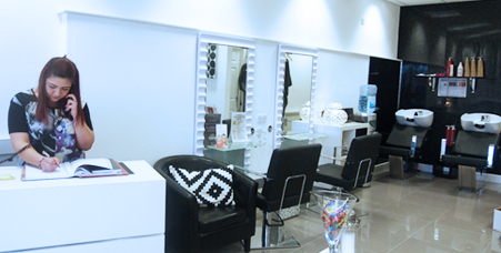 Gill maiden hair salon gallery hairdressers stoke on trent for 111 maiden lane salon